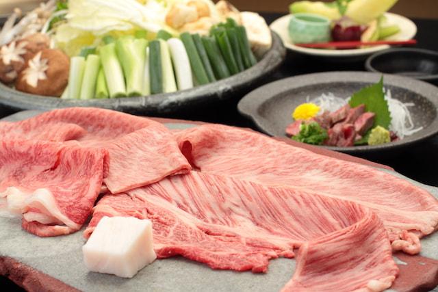 認定近江牛すき焼きA4~A5ランク使用★信楽伝統の味!