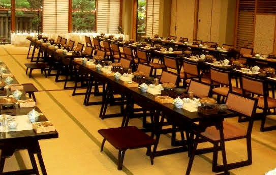 椅子席の宴会場