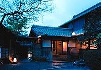 温泉体験心も身体もリフレッシュする温泉旅館滞在〜温泉と食事付きで徹底した3密回避空間で気分転換~